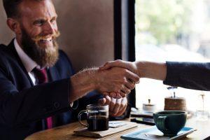 Como o seu ecommerce pode passar mais confiança para seus clientes